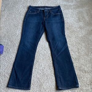 Jag jeans low rise boot leg size 8 short